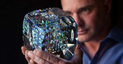 A Remarkable Artist Creates Rare Glass Sculptures Using Fibonacci Ratios